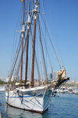 Sailboat in the port of Barcelona — Stock Photo