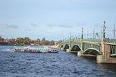 Trinity Bridge in St. Petersburg — Stock Photo