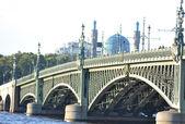 Trinity Bridge in St.Petersburg — Stock Photo