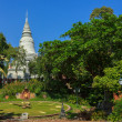 Wat Phnom in Phnom Penh — Stock Photo