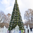 Christmas tree and ice sculptures, Moscow — Foto Stock