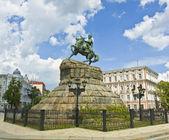 Kiev, monument to Bogdan Hmelnitskiy — Stock Photo