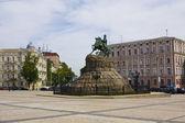 киев, украина, памятник богдан хмельницкий — Стоковое фото
