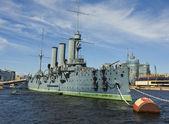 """St. Petersburg, cruiser """"Aurora"""" — Stock Photo"""