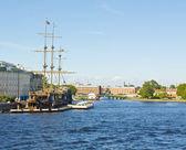 St. Petersburg, sailing ship on river Neva — Stock Photo