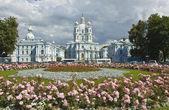 复活大教堂 smolniy 修道院的圣彼得斯堡 — 图库照片