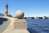 St. Petersburg, Vasilyevskiy island and Palace bridge — Stock Photo