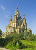 Peterhof, kathedrale st.peter und st. pavel — Stockfoto
