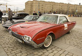 Retro ford thunderbird — Stock Photo
