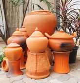 Traditional Pottery Gardening — Stock Photo