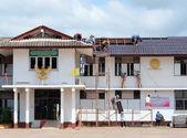 Change Roof Tiles — Foto de Stock