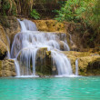 Kuang Si waterfall — Stock Photo