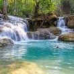 Kuang Si waterfall — Stock Photo