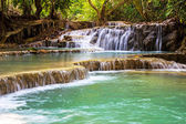 Kuang Si waterfall — Stock fotografie
