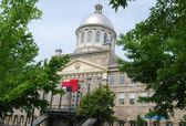 Downtown Montreal, and the Bonsecours Market in Canada — Stock Photo