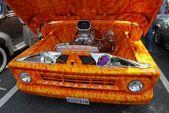 1960 Orange Chevrolet Pickup Truck Airbrushed Engine — Stock Photo