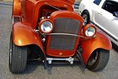 1936 Orange Ford Classic Car Front View — Stock Photo