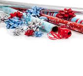Surtido navidad papel y cintas de embalaje — Foto de Stock