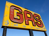 An antique, vintage gas sign on route 66 — Stock Photo