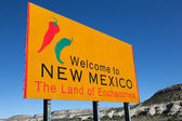 "Yellow ""welcome to New Mexico"" sign — Stock Photo"