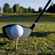 Golfball und club — Stockfoto