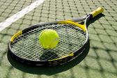 Tennis Racket and Ball on Court — ストック写真