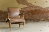 Abandoned Chair — Stock Photo