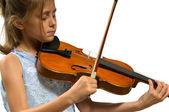 молодая девушка играет скрипка — Стоковое фото