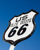 An old, nostalgic sign on historic Route 66 — Stock Photo