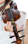 Girl playing the violin — Stock Photo