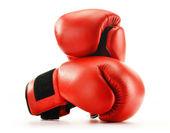Paar van rood leer bokshandschoenen geïsoleerd op wit — Stockfoto