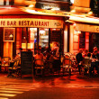 Famed for its nightlife Paris has about 40 000 restaurants — Stock Photo
