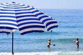 Mediterranean beach during hot summer day — Stock fotografie