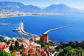 View of Alanya harbor from Alanya peninsula. Turkish Riviera — Stock Photo