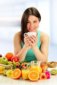 Young woman having breakfast. Balanced diet  — Stock Photo