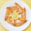 Delicious fresh cooked shrimp prepared to eat — Stock Photo