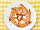 Deliciosos camarones cocinados frescos preparados para comer — Foto de Stock
