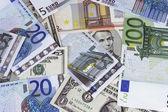 Billete combinado con euros — Foto de Stock