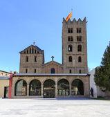 Ripoll monastery facade — Stock Photo