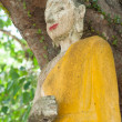 Foto Stock: Abandoned broken buddhism statue