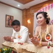 Praying asian thai wedding ceremony bride and bridegroom — Lizenzfreies Foto
