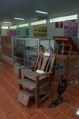 YALA, THAILAND-SEPTEMBER 22: Vintage Dentist patient Chair and d — Stock Photo