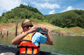 Yala, thailandia-21 settembre: uomo non identificato scattare foto mentre — Foto Stock