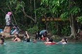 KRABI, THAILAND - OCTOBER 26: Unidentified female tourist with m — Stock Photo