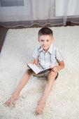 Smiling boy indoor — Zdjęcie stockowe