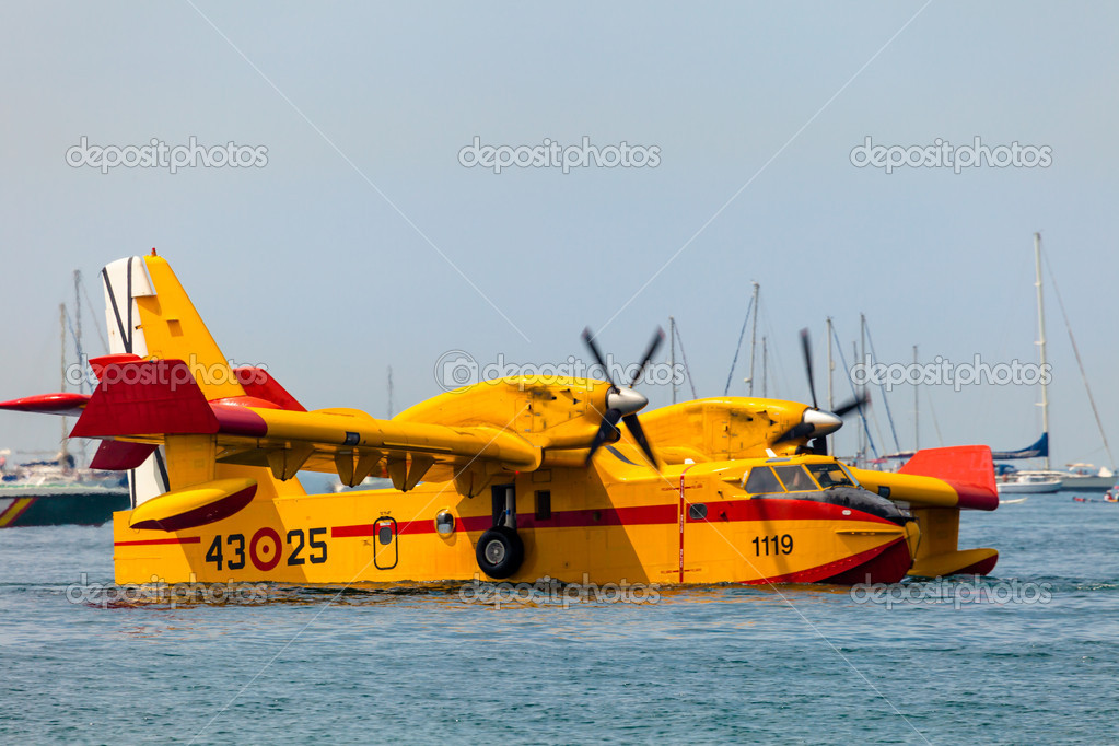 CADIZ, SPAIN-SEP 13: Seaplane Canadair CL-215 taking part in an exhibition on the 2nd airshow of Cadiz on Sep 13, 2009, in Cadiz, Spain  Stock Photo #13887554