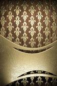 Oro su sfondo legno — Foto Stock