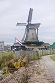 Windmill in Zaanse Schans — Stock Photo