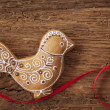 Gingerbread bird cookie — Stock Photo