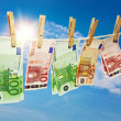 Money laundering on clothesline - Foto Stock